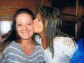 girls-kiss-cheek